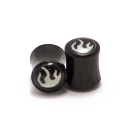 Piercing,  Fekete szaru fültágító figurával